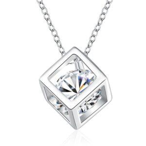 pendentif carré cubique et cristal blanc avec sa chaîne