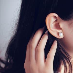 boucles d'oreilles chat perle blanche pas cher
