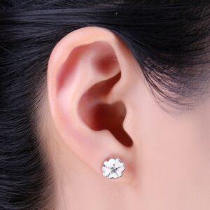 Boucles d'oreilles en argent trèfle émaillé de blanc 02