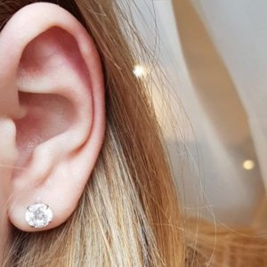 clous d'oreilles cristaux blancs pas cher