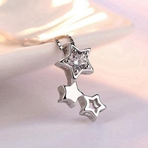 pendentif trio d'étoiles femme