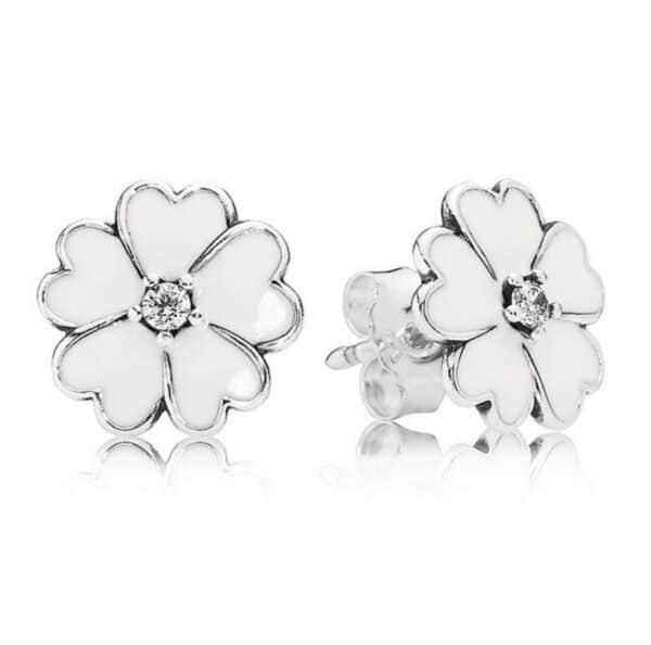 boucles d'oreilles fleur blanche émail